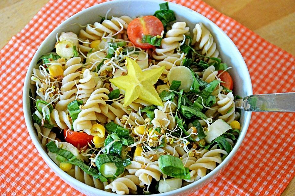 https://pixabay.com/en/pasta-salad-salad-spring-1974762/